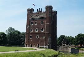 tattershall castle midlands castles forts and battles