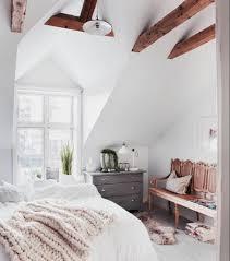 chambre sous combles couleurs 1001 idées déco de chambre sous pente cocoon