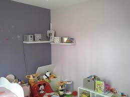 chambre peinture 2 couleurs peindre une chambre en deux couleurs idées décoration intérieure