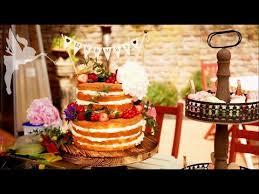 hochzeitstorte cupcakes of cake hochzeitstorte macarons cupcakes boho