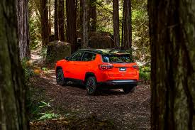 jeep family 2017 2017 jeep compass latitude first drive review will it be a