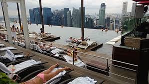 infinity pool marina bay sands hotel singapore