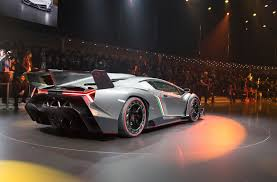 future lamborghini veneno the lamborghini veneno is awesome scary but awesome