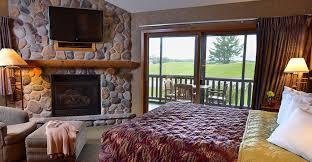 4 bedroom condos 4 bedroom frontier condo wilderness resort wisconsin dells