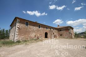 the tuscan house country house for sale in italy tuscany siena tuscan country