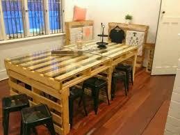 table de cuisine en palette des meubles originaux en bois de palette 20 idées tutorial