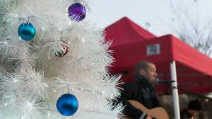 issaquah highlands giving tree lighting seattle area family fun