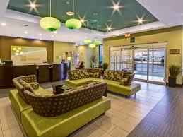 Comfort Inn Suites Salem Va Holiday Inn Christiansburg 3637821408 4x3