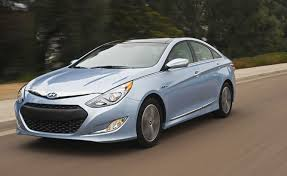 hyundai sonata hybrid mpg 2013 hyundai developing substantially revised 2013 sonata hybrid