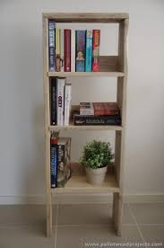 Pallet Bookcase Things To Make Out Of Recycled Pallets Pallet Wood Projects