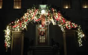 christmas lights richmond va the gracious posse richmond s monument avenue decked out for christmas