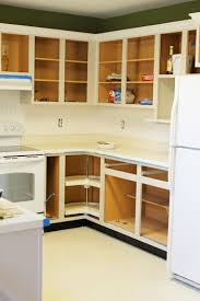 what type of paint for inside kitchen cabinets painting oak cabinets thriving home