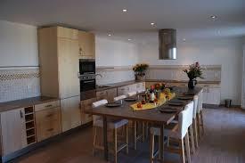 grande table de cuisine grande table cuisine maison design wiblia com