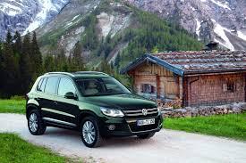 volkswagen tiguan white 2013 takata airbag problem hits vw tiguan and audi q5