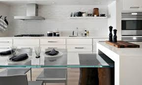 brique de verre cuisine décoration cuisine brique blanche 97 avignon cuisine blanche