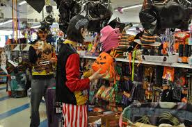 Halloween Decorations 99 Cent Store by I Mockery Com Count Pop U0027s Gritty City Halloween Ditty