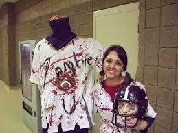 making zombie costume halloween zombie