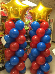 Balloons On Sticks Centerpiece by Best 20 Wonder Woman Party Ideas On Pinterest Wonder Woman