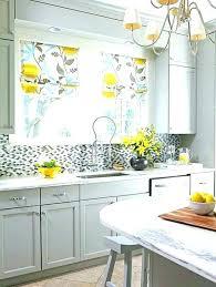 rideaux pour cuisine store pour fenetre cuisine store pour cuisine rideau cuisine beige