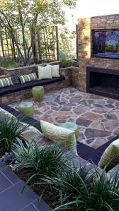 Landscaping Ideas For Backyards by Best 25 Small Backyard Design Ideas On Pinterest Small