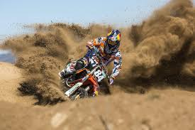 how to wheelie a motocross bike red bull knock out herlings and watson on sand riding