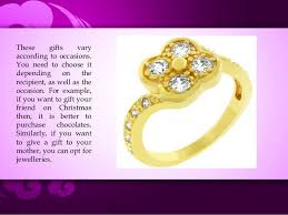 Appropriate Engagement Gift Choose An Appropriate Gift Set For Your Near And Dear Ones