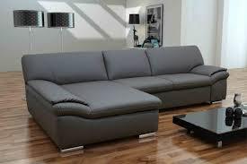 sofa kunstleder moderne häuser mit gemütlicher innenarchitektur kühles vintage
