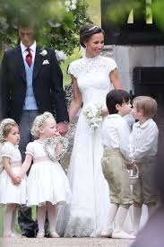 pippa middleton weds in giles deacon pippa middleton wedding