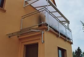 balkon vordach geländer balkongeländer in edelstahl unter einem vordach aus