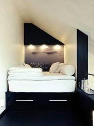 Schlafzimmer Im Loft Einrichten Sehen Sie Wie Ein Kleines Schlafzimmer Gestaltet Werden Kann