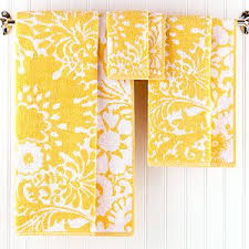 Yellow Bathroom Accessories by Best 25 Yellow Towels Ideas On Pinterest Grey Yellow Bathrooms