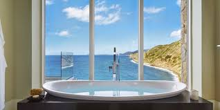 10 luxury rentals with the best bathtub views ranked by price