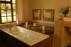 wonderful country cottage bathroom decorating ideas with floral