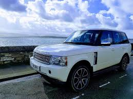 range rover blue and white white range rover vougue v8 auto fully loaded top spec in