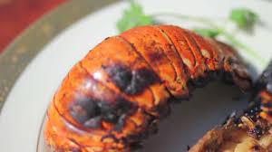 cuisiner une langouste comment faire des queues de langoustes au barbecue