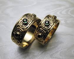celtic wedding sets celtic wedding bands with green garnets metamorphosis jewelry