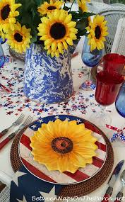 sunflower centerpiece a sunflower centerpiece for a 4th of july table setting