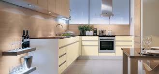 meuble cuisine couleur vanille plan de travail cuisine vanille idée de modèle de cuisine