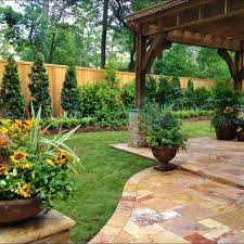 Landscaping Ideas For Backyards Best 25 Small Backyard Landscaping Ideas On Pinterest Trellis