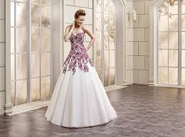 Wedding Dresses Cheap Save Money On Wedding Dresses Without Sacrificing Style Simple