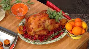 simple ways to beautifully garnish thanksgiving turkey
