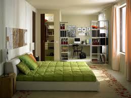 soluzioni da letto fai da te da letto arredo salvaspazio donna moderna