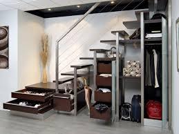 Placard Sous Escalier Avec Tablettes 10 Solutions Pour Aménager L Espace Sous L Escalier