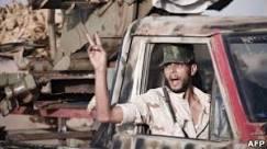Rebeldes líbios dizem ter tomado o controle de Brega