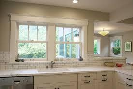 kitchen window backsplash decor gallery s 4093294283 kitchen example of a classic kitchen backsplash window l 3266247071 kitchen design decorating