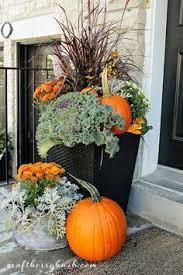 Outdoor Fall Decor Pinterest - best 25 fall planters ideas on pinterest outdoor fall flowers