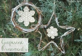 diy grapevine snowflake ornaments the gunny sack
