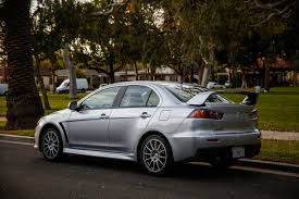 Review 2014 Mitsubishi Lancer Evolution Gsr