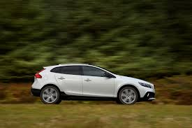 volvo hatchback 2015 new volvo v40 t3 152 cross country nav plus 5dr geartronic