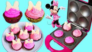 minnie mouse cupcakes minnie mouse mini cupcake maker diy disney themed desserts